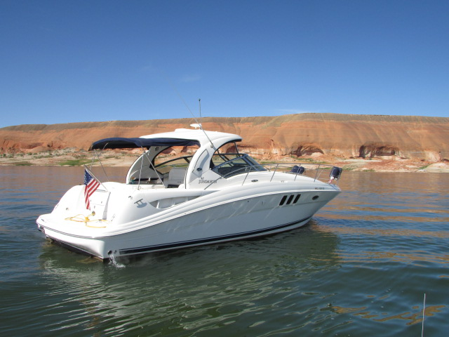 2006 Sea Ray boat for sale, model of the boat is 40 Sundancer & Image # 16 of 35