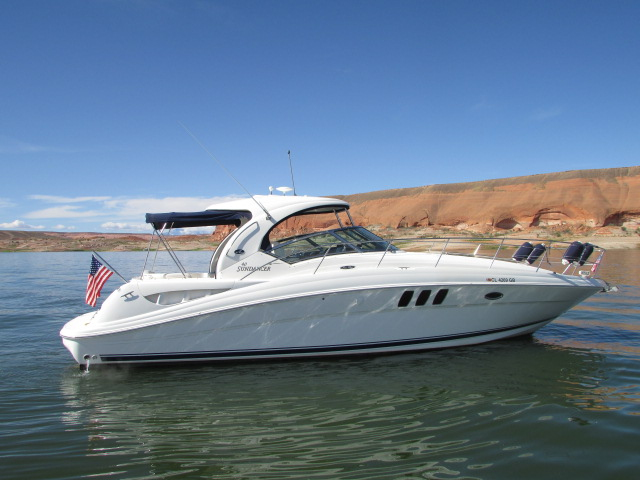 2006 Sea Ray boat for sale, model of the boat is 40 Sundancer & Image # 22 of 35