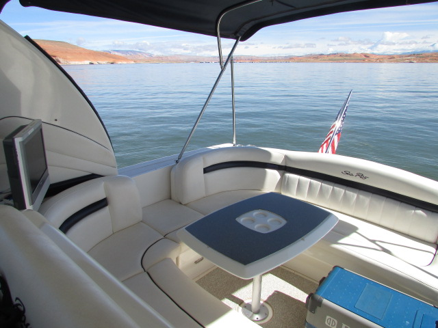 2006 Sea Ray boat for sale, model of the boat is 40 Sundancer & Image # 27 of 35