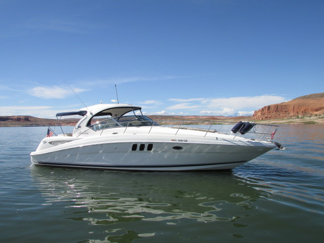 2006 Sea Ray boat for sale, model of the boat is 40 Sundancer & Image # 9 of 35