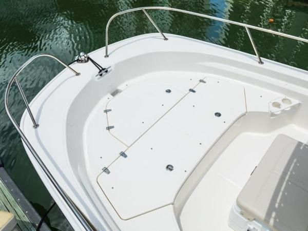2020 Boston Whaler boat for sale, model of the boat is 190 Montauk & Image # 41 of 46