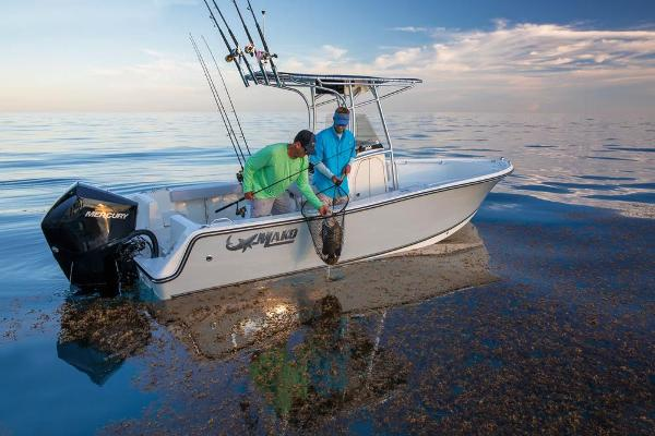 2020 Mako boat for sale, model of the boat is 214 CC & Image # 5 of 64