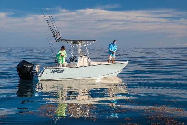 2020 Mako boat for sale, model of the boat is 214 CC & Image # 7 of 64