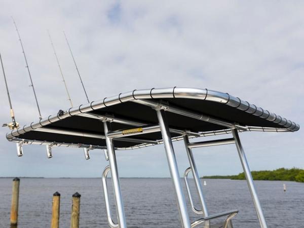 2020 Bayliner boat for sale, model of the boat is Element F21 & Image # 12 of 47