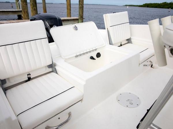 2020 Bayliner boat for sale, model of the boat is Element F21 & Image # 20 of 47