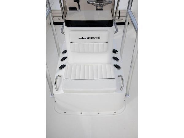 2020 Bayliner boat for sale, model of the boat is Element F21 & Image # 35 of 47