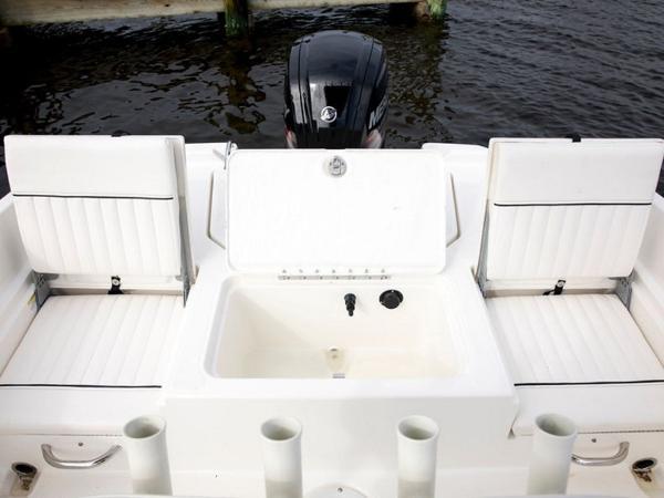 2020 Bayliner boat for sale, model of the boat is Element F21 & Image # 40 of 47
