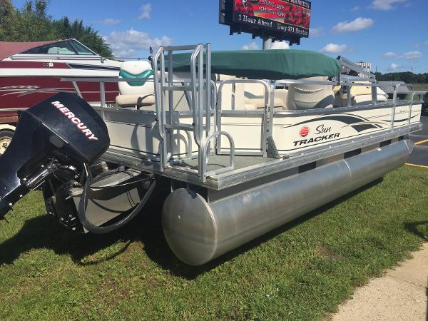 Sun Tracker   New and Used Boats for Sale