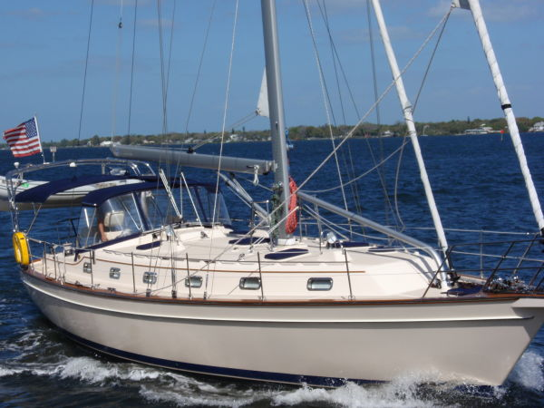 Island Packet Island Packet 440 Cutter. Listing Number: M-3504161