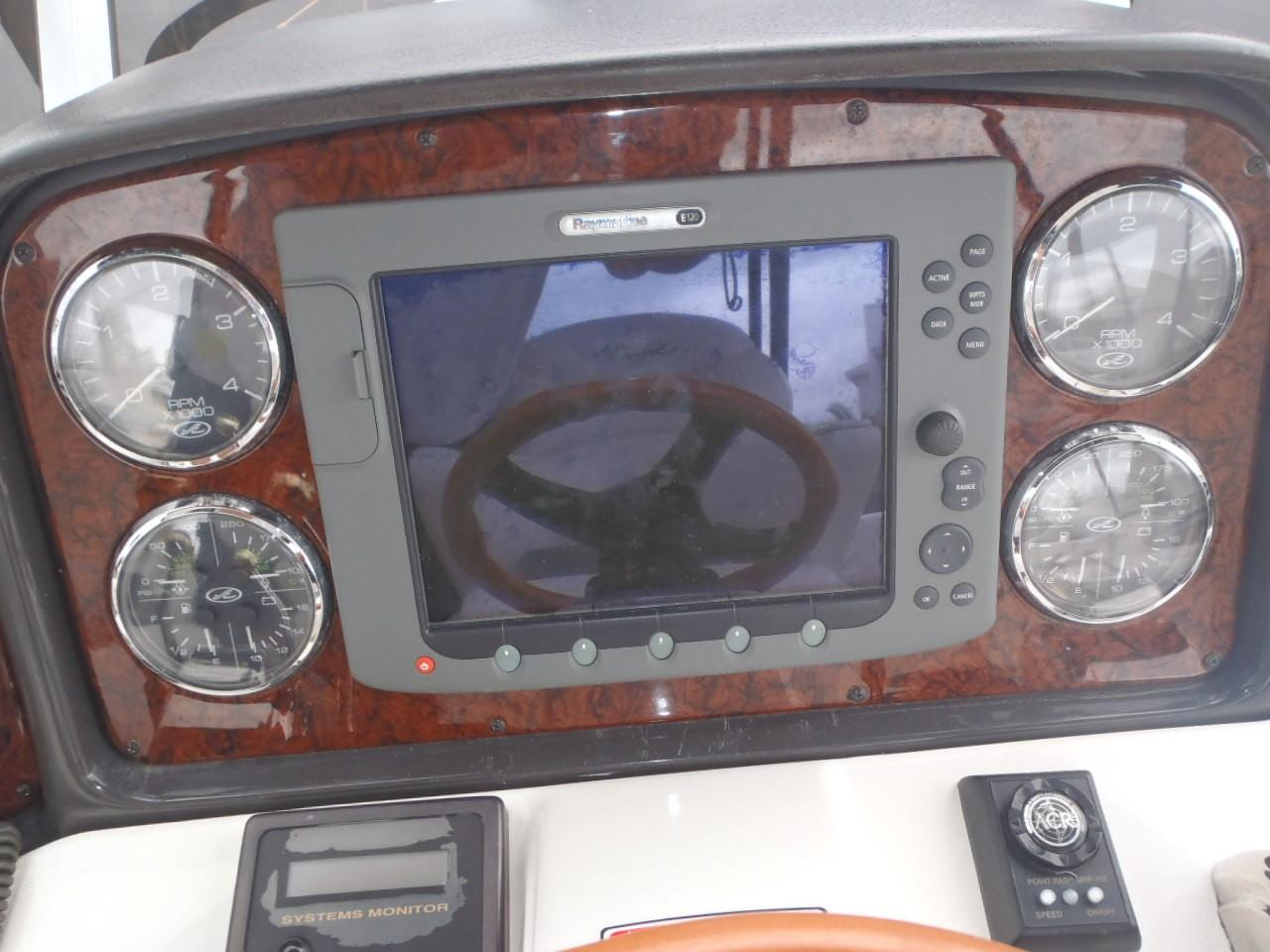 42 Sea Ray At-eez 2004 Pensacola | Denison Yacht Sales