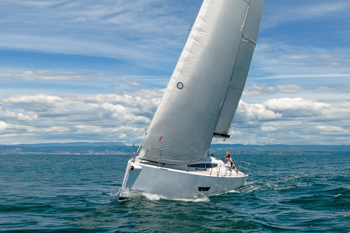 Picture Of:  39' Elan E5 2019Yacht For Sale | 23