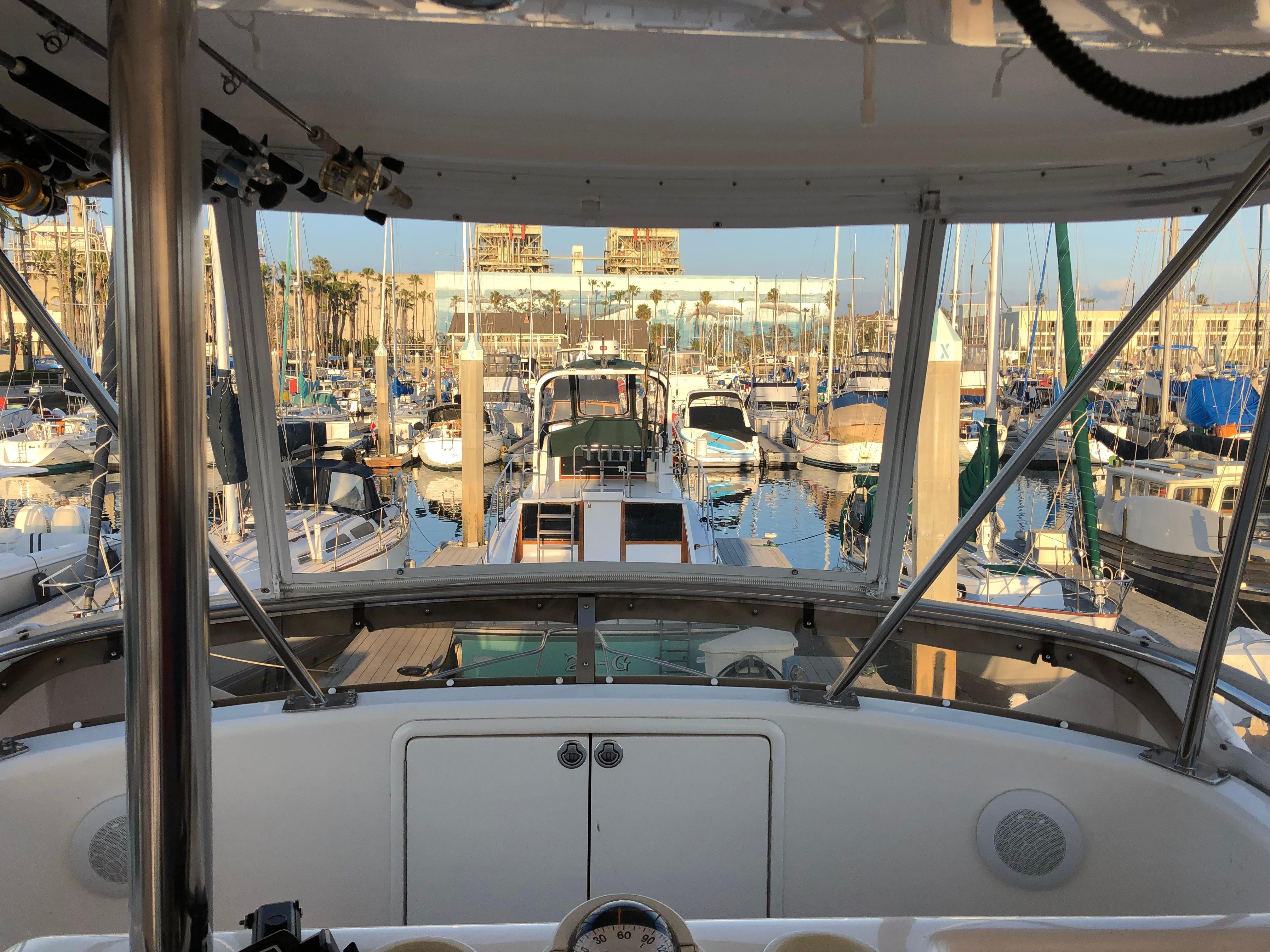 34 Riviera 2000 Redondo Beach | Denison Yacht Sales