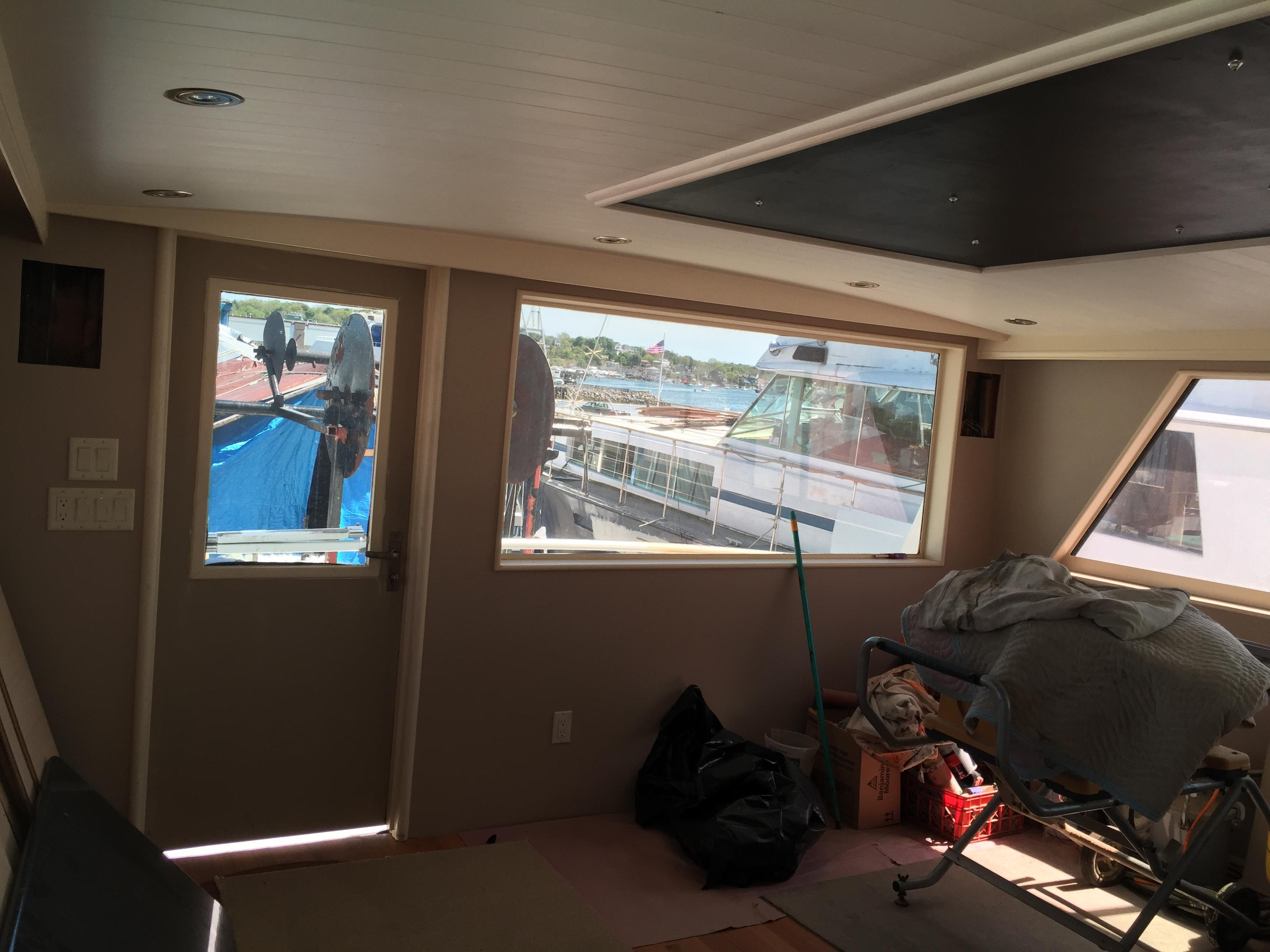 Salon View - Aft