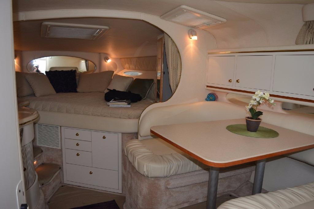 Sea Ray 310 Sundancer - Cabin