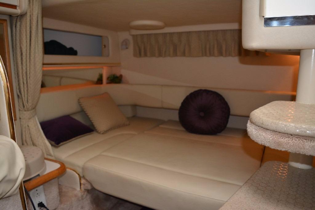 Sea Ray 310 Sundancer - Mid Cabin 2