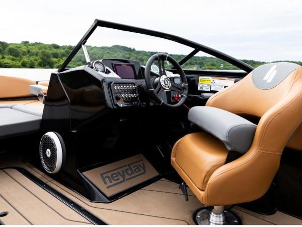 2020 Bayliner boat for sale, model of the boat is WT-2DC & Image # 2 of 18