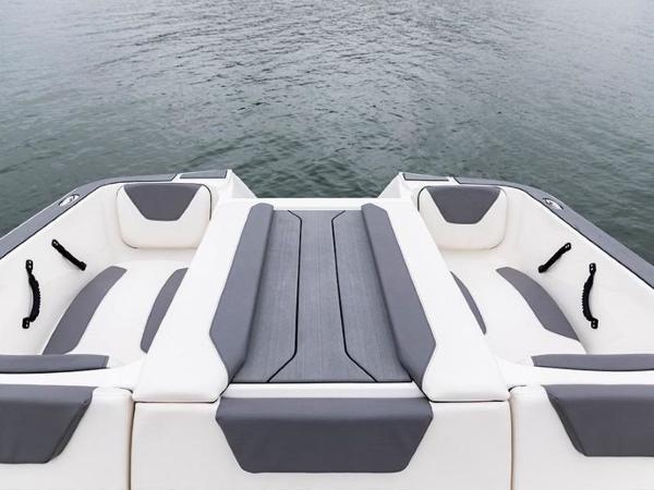 2020 Bayliner boat for sale, model of the boat is WT-2DC & Image # 4 of 18
