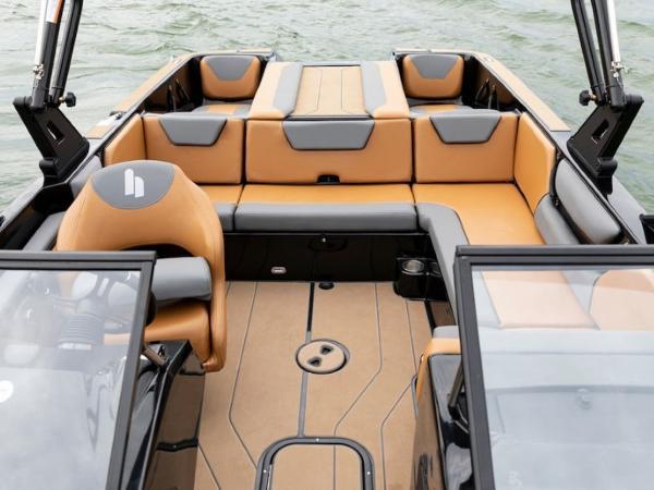 2020 Bayliner boat for sale, model of the boat is WT-2DC & Image # 5 of 18