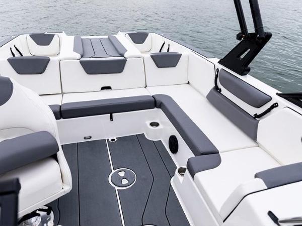 2020 Bayliner boat for sale, model of the boat is WT-2DC & Image # 13 of 18