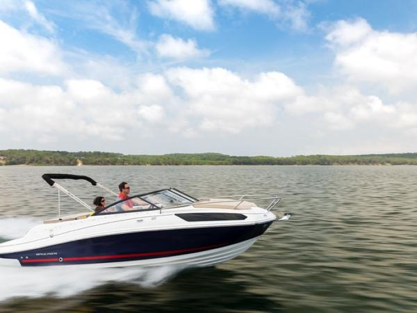 2020 Bayliner boat for sale, model of the boat is VR5 Cuddy & Image # 3 of 61