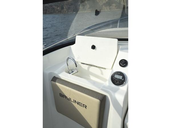 2020 Bayliner boat for sale, model of the boat is VR5 Cuddy & Image # 16 of 61