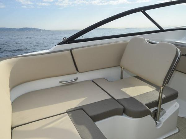 2020 Bayliner boat for sale, model of the boat is VR5 Cuddy & Image # 30 of 61