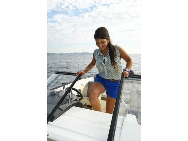 2020 Bayliner boat for sale, model of the boat is VR5 Cuddy & Image # 35 of 61