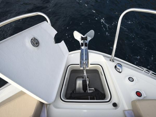 2020 Bayliner boat for sale, model of the boat is VR5 Cuddy & Image # 36 of 61