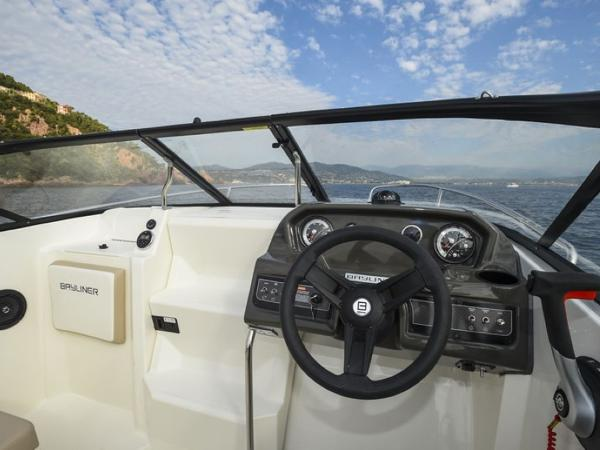 2020 Bayliner boat for sale, model of the boat is VR5 Cuddy & Image # 38 of 61