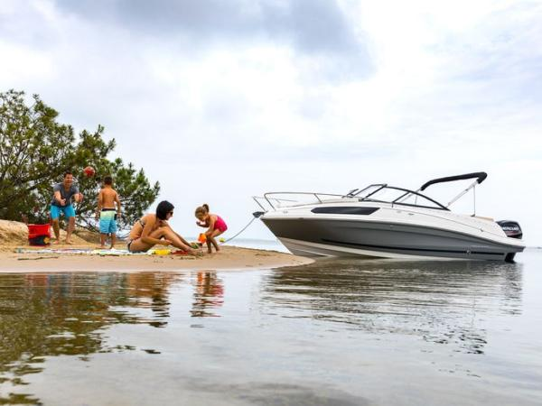 2020 Bayliner boat for sale, model of the boat is VR5 Cuddy & Image # 39 of 61