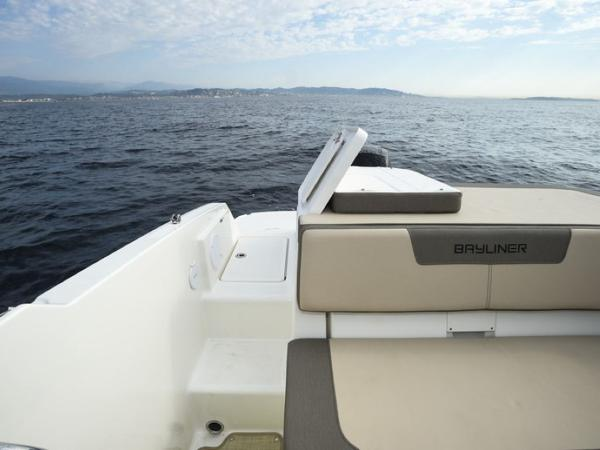 2020 Bayliner boat for sale, model of the boat is VR5 Cuddy & Image # 43 of 61