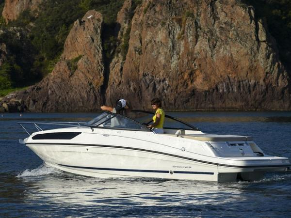 2020 Bayliner boat for sale, model of the boat is VR5 Cuddy & Image # 59 of 61