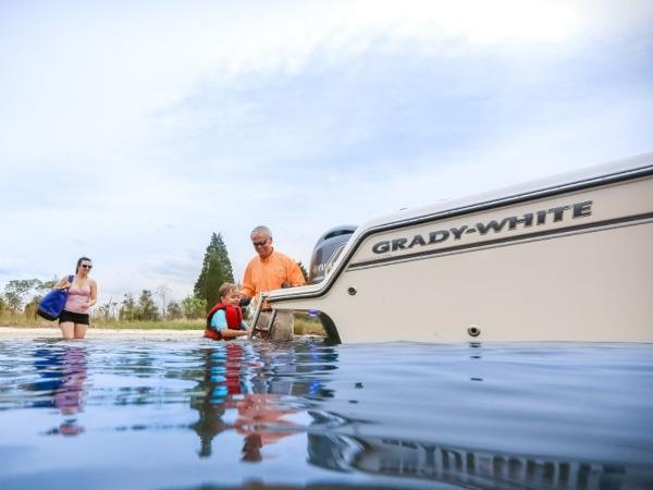 2020 Grady-White boat for sale, model of the boat is Freedom 215 & Image # 4 of 31