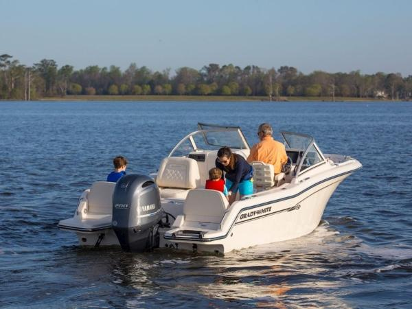 2020 Grady-White boat for sale, model of the boat is Freedom 215 & Image # 18 of 31
