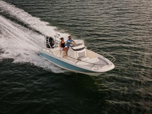 2020 Boston Whaler boat for sale, model of the boat is 210 Dauntless & Image # 1 of 35