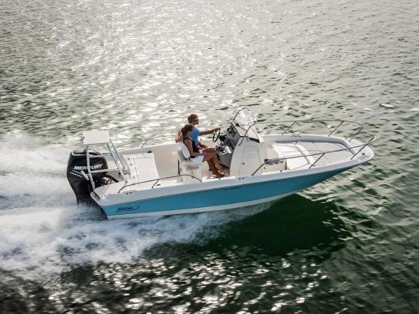 2020 Boston Whaler boat for sale, model of the boat is 210 Dauntless & Image # 3 of 35