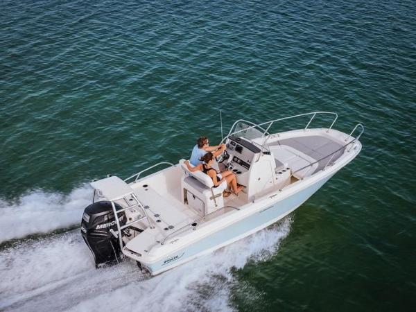 2020 Boston Whaler boat for sale, model of the boat is 210 Dauntless & Image # 5 of 35