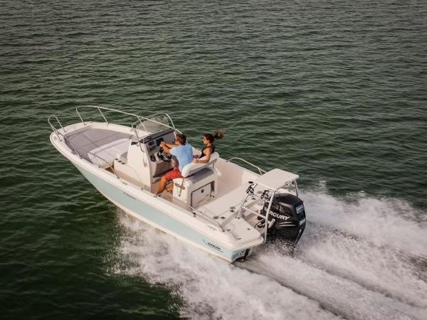 2020 Boston Whaler boat for sale, model of the boat is 210 Dauntless & Image # 9 of 35