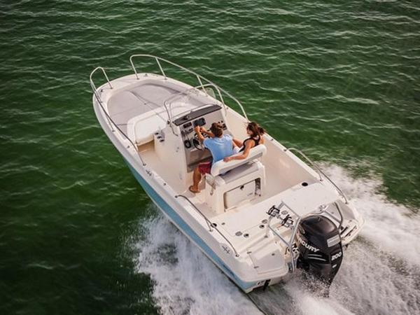 2020 Boston Whaler boat for sale, model of the boat is 210 Dauntless & Image # 11 of 35
