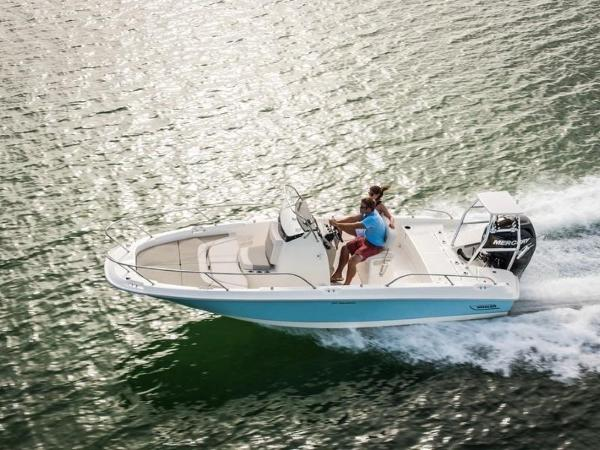 2020 Boston Whaler boat for sale, model of the boat is 210 Dauntless & Image # 15 of 35