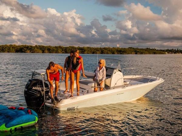 2020 Boston Whaler boat for sale, model of the boat is 210 Dauntless & Image # 24 of 35