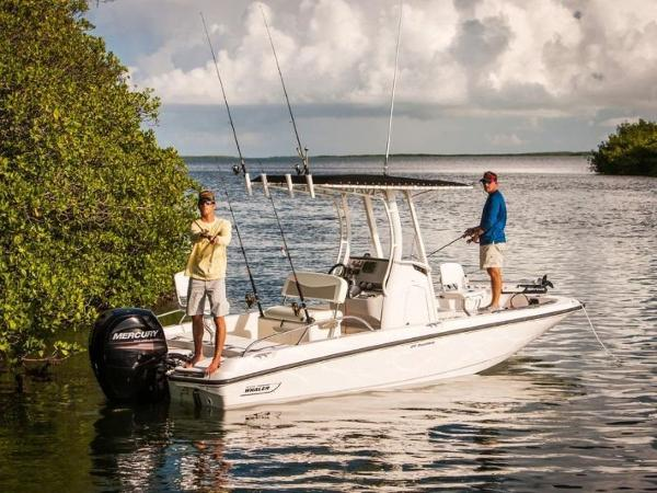 2020 Boston Whaler boat for sale, model of the boat is 210 Dauntless & Image # 26 of 35