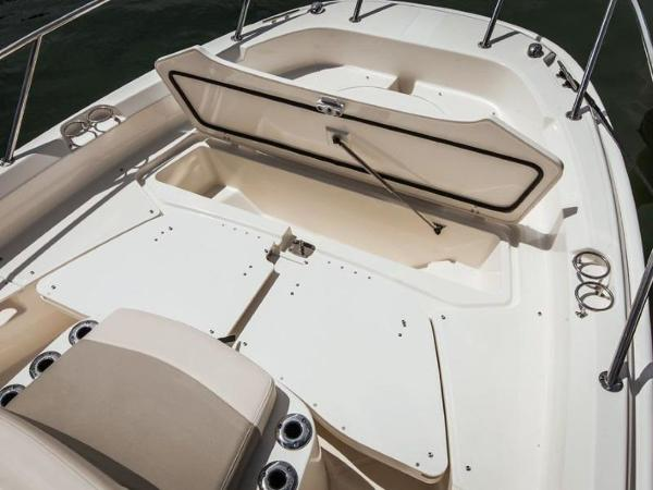 2020 Boston Whaler boat for sale, model of the boat is 210 Dauntless & Image # 31 of 35