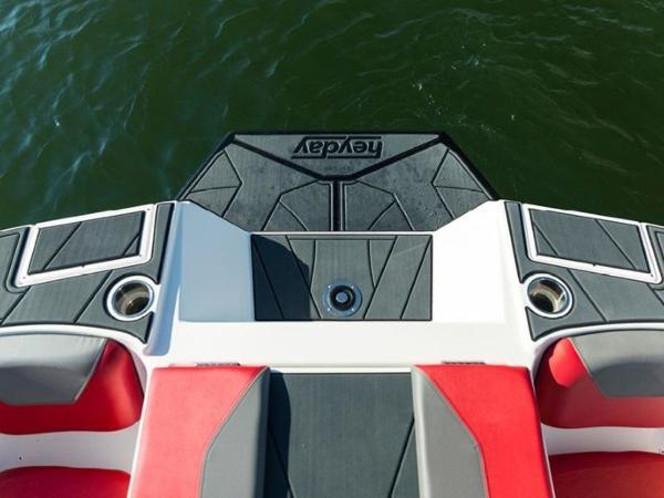 2020 Bayliner boat for sale, model of the boat is WT-Surf & Image # 2 of 19