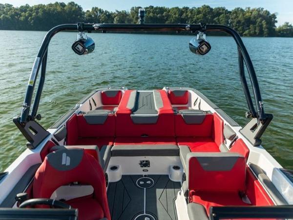 2020 Bayliner boat for sale, model of the boat is WT-Surf & Image # 7 of 19