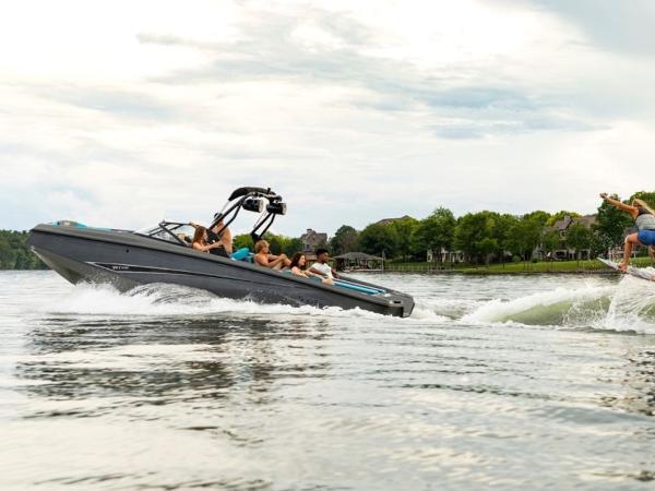 2020 Bayliner boat for sale, model of the boat is WT-Surf & Image # 17 of 19