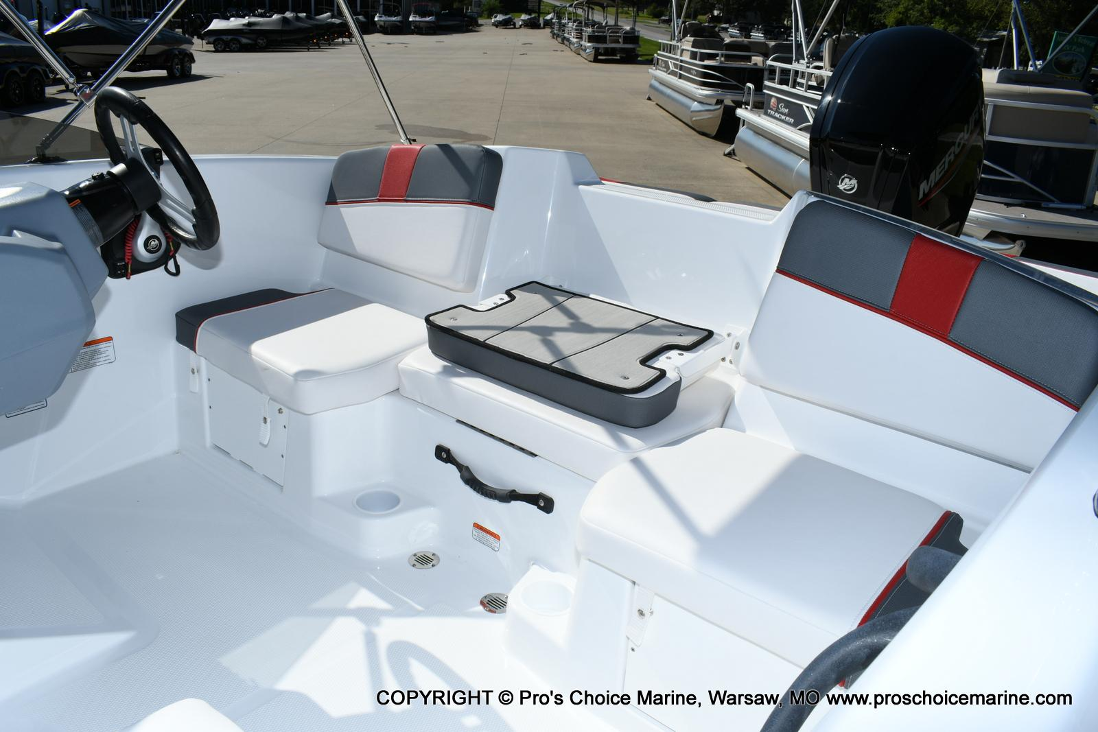 2020 Tahoe boat for sale, model of the boat is T16 & Image # 31 of 50