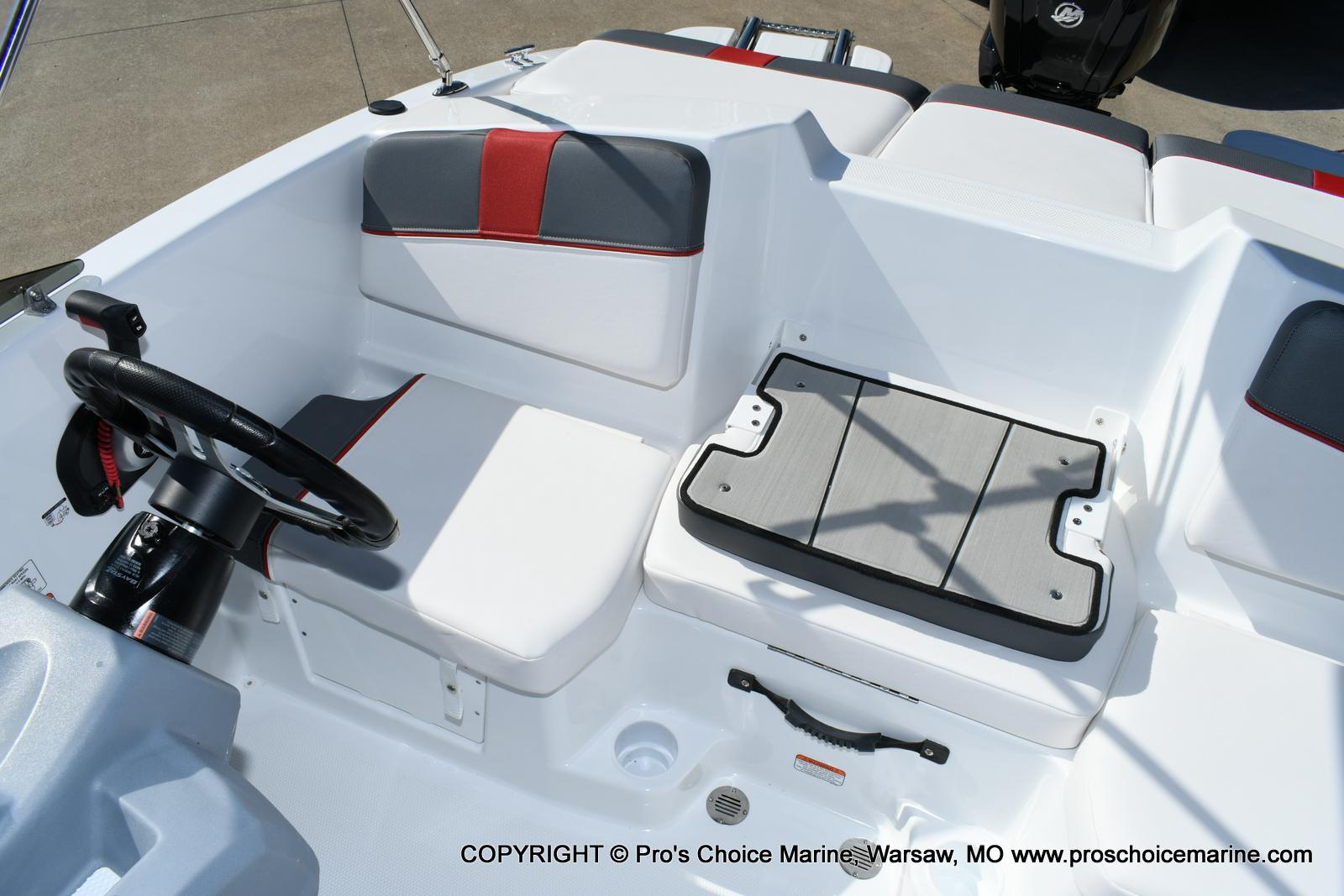 2020 Tahoe boat for sale, model of the boat is T16 & Image # 39 of 50