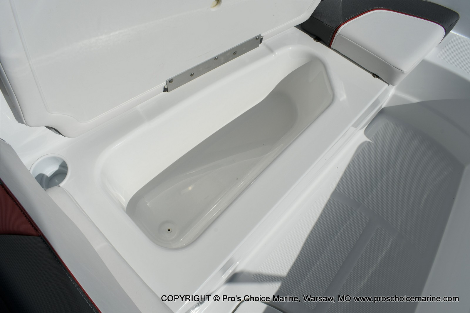 2020 Tahoe boat for sale, model of the boat is T16 & Image # 9 of 50