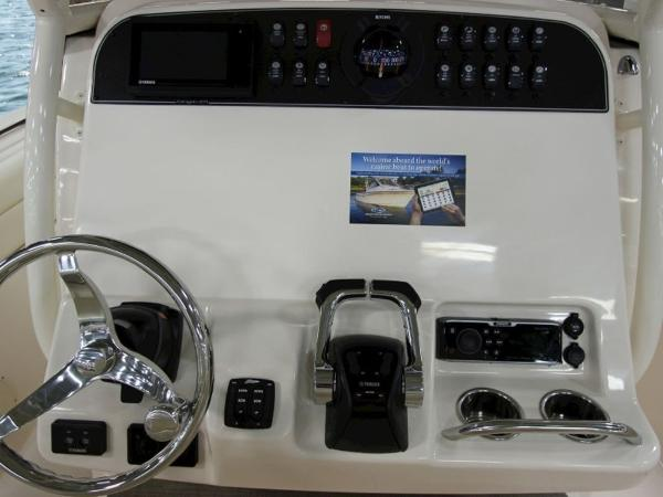 2020 Grady-White boat for sale, model of the boat is Canyon 271 & Image # 7 of 24